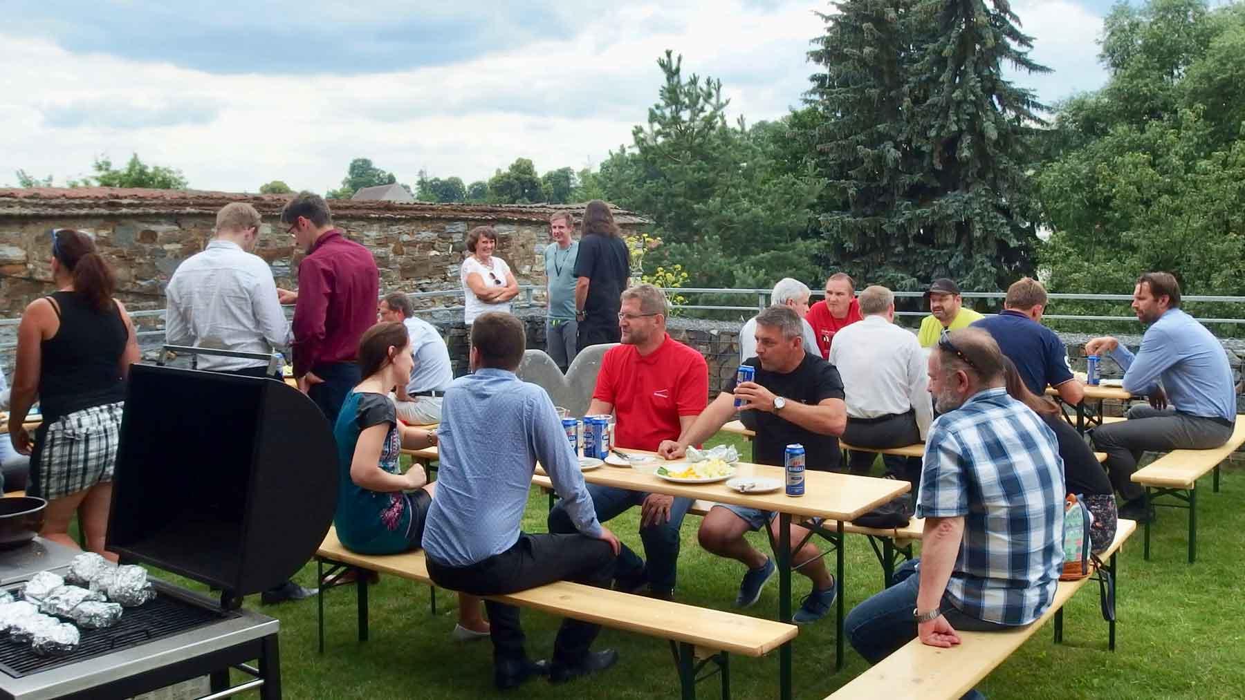 """K-net an guests near grill during the seminar """"Technologie bezpečnost a ochrana dat"""""""