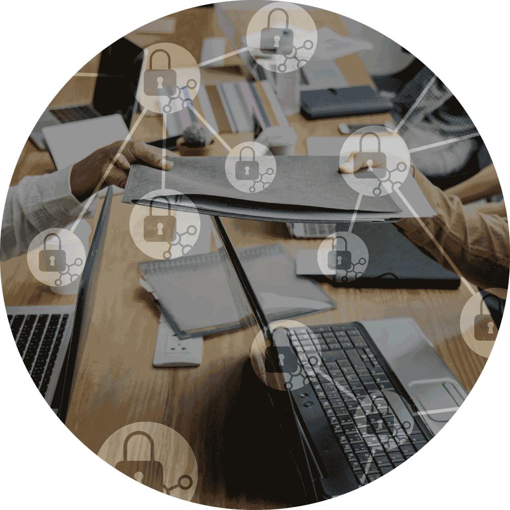 XL ikona Audit, dva lidé předávají složku přes počítač