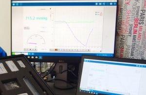 Obrazovka počítače sotevřeným softwarem Pasco